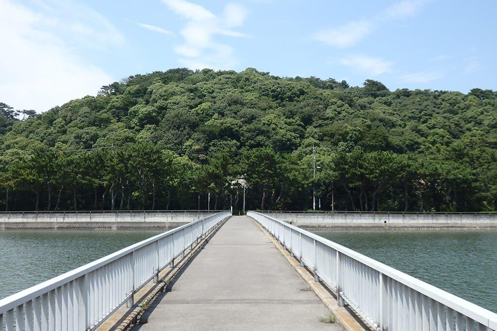 財田川の橋