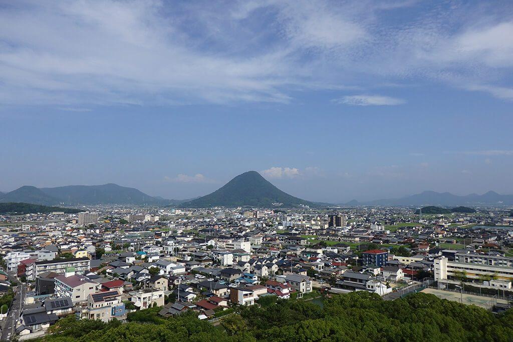 丸亀城三の丸月見櫓跡から見た風景
