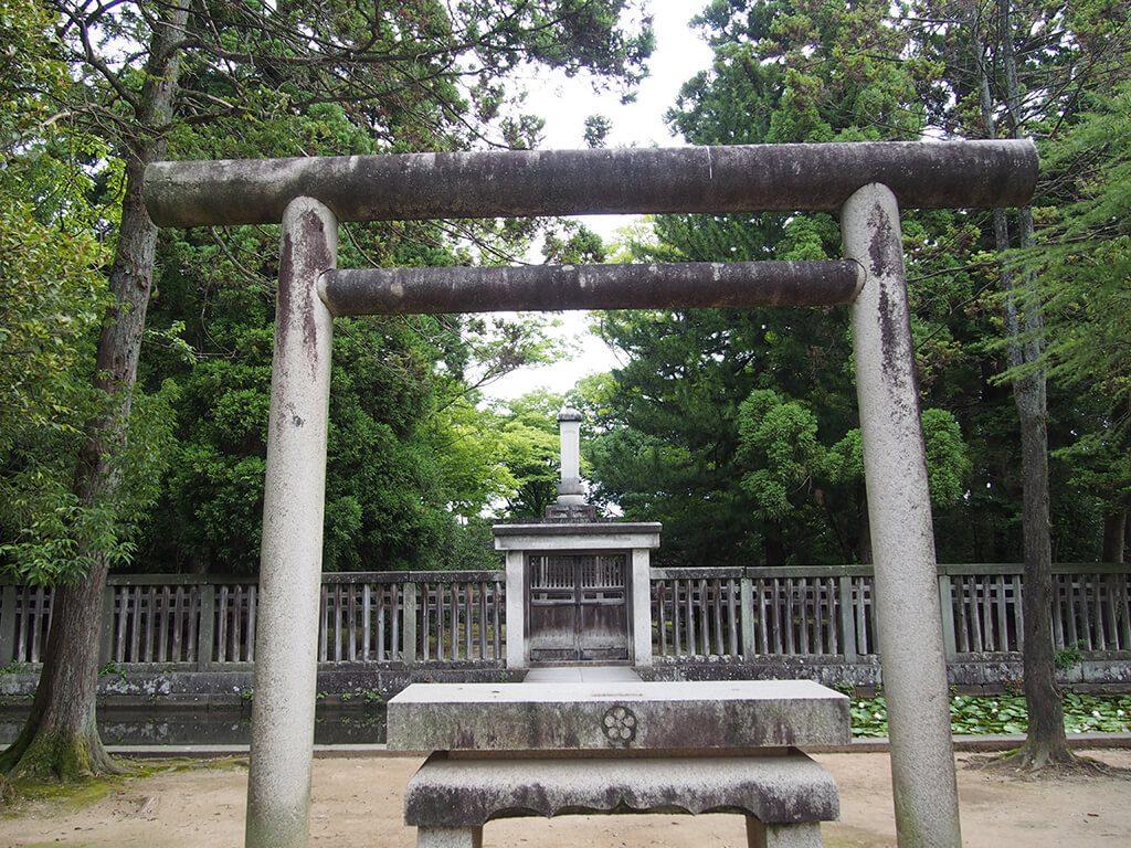田利家公墓所