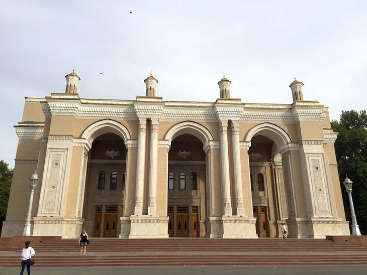 タシケントのナヴォイ劇場
