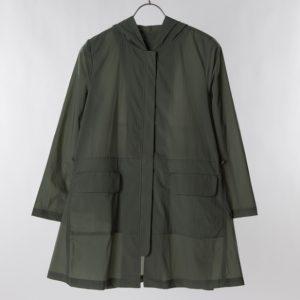 ストレッチ軽量コート