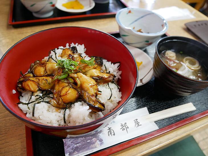 松島の南部屋かき丼
